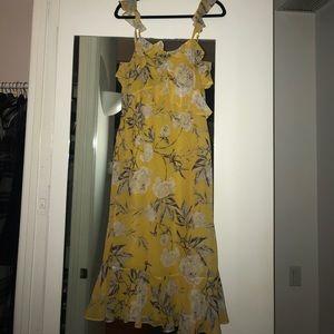 Bloomingdales yellow midi dress, Size Small